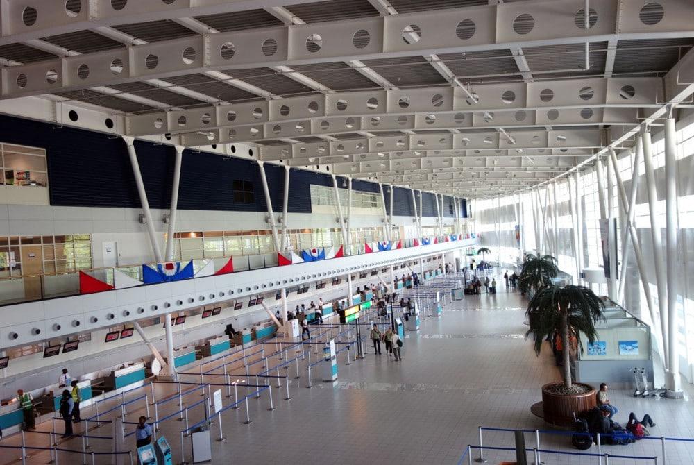 aéroport fort de france Aimé Césaire : Aéroport Martinique