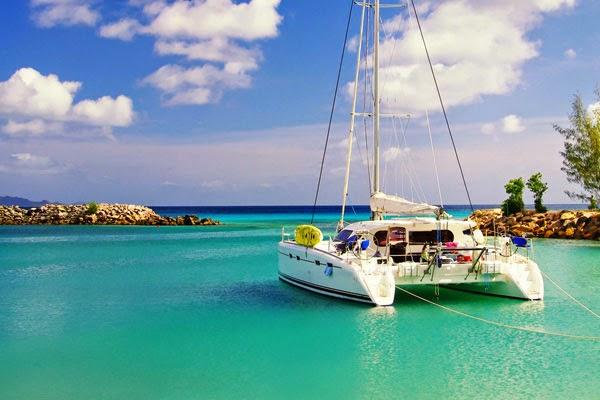 Location bateau Martinique: location voilier, catamaran avec ou sans équipage pour excursion