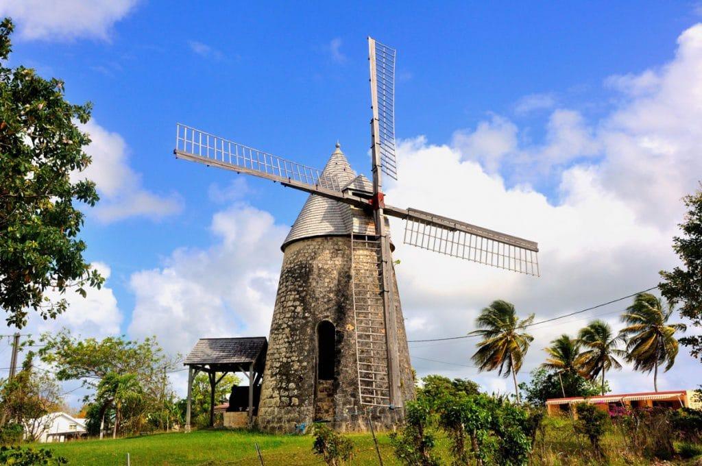 Faire une exursion à Marie Galant pour visiter les moulins
