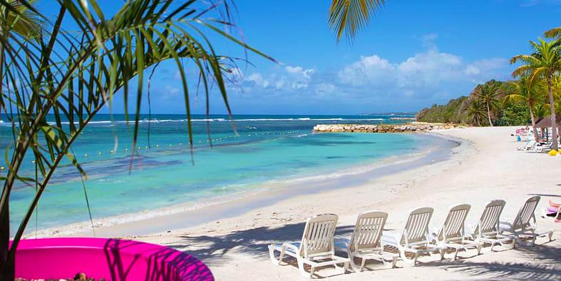 Plage de Sainte Anne : Séjour Guadeloupe demi pension vol + hôtel