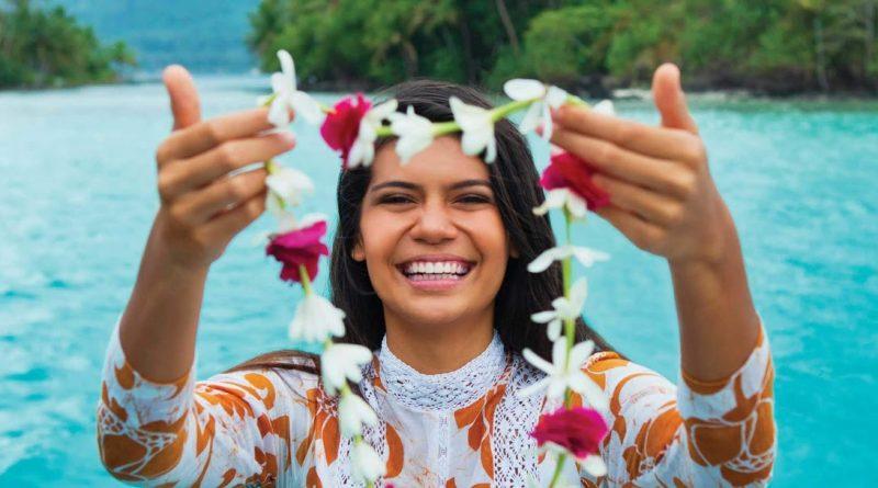 Visiter Tahiti: collier de fleur polynésien à Tahiti