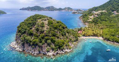 Visiter les Saintes : terre de haut et terre de bas. Archipel Guadeloupe , Antilles françaises.