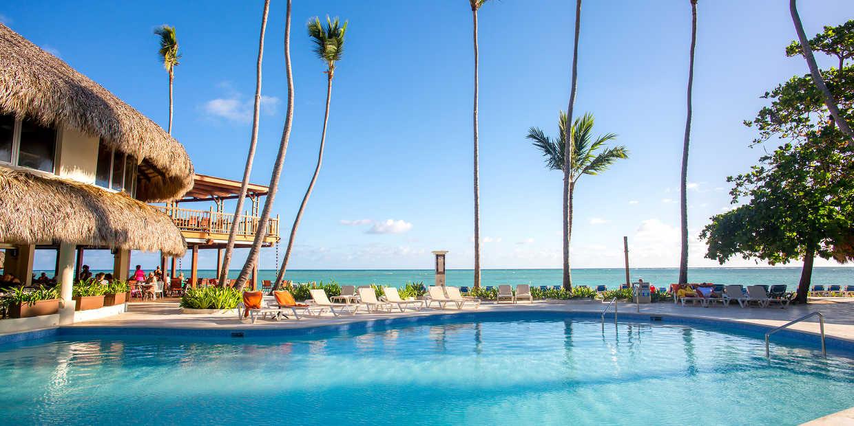 Piscine hôtel 5 étoiles à Punta Cana en République Dominicaine