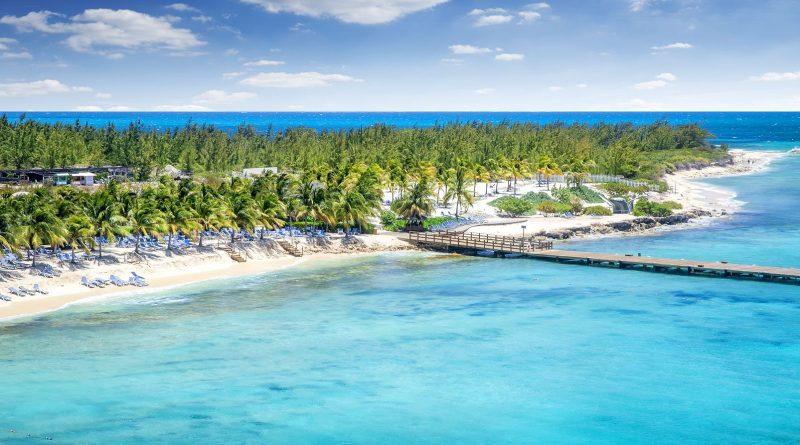 Visiter les îles Turques et Caiques. Ce qu'il faut faire et quel moment aller sur l'archipel des Caraibes