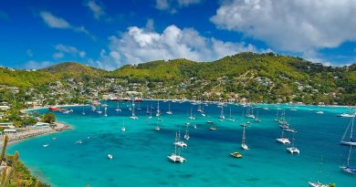 Port de Bequia aux Iles Grenadines: lieu de débarquement pour la croisière pas cher aux Grenadines