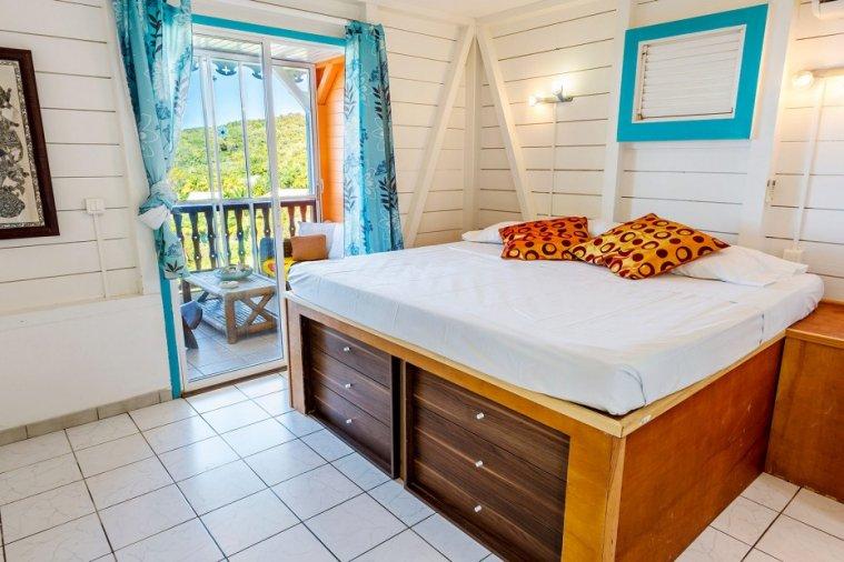 Chambre résidence Océane dans une villa créole en bois : Séjour Martinique pas cher avec paiement en plusieurs fois