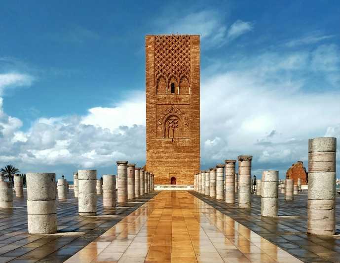 Tour ancienne de Rabat issus d'ancienne fortification au Maroc.