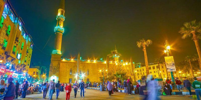 Partir en Egypte et profiter de la fête du Ramadan .