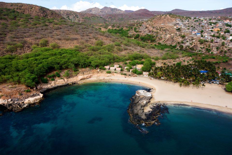 Vue aérienne de l'île de Santiago : ce qu'il faut partir visiter au Cap Vert