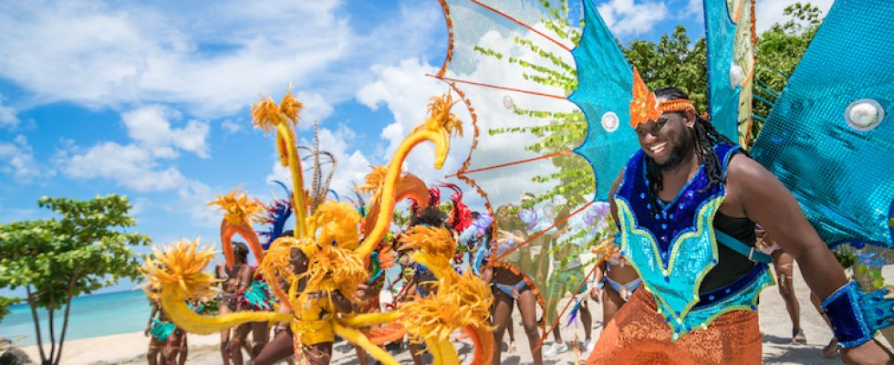 Assister aux festivité du Carnaval à la Barbade : bon plan voyage et activité à faire .