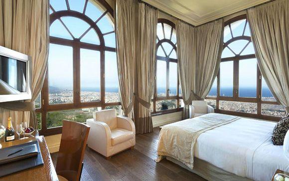Voyage Barcelone tout inclus pas cher dans un hôtel de luxe . Chambre spacieuse avec vue panoramique sur la ville de Barcelone