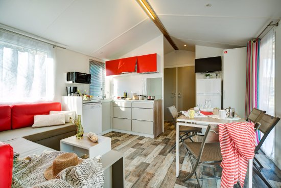 Résidence les Issambres avec Cap Vacances : appartement et mobil-home