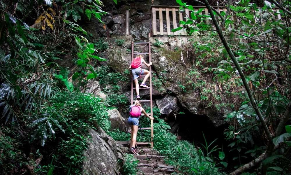 Faire de la randonnée dans le cirque de Mafate : une manière exceptionnelle de découvrir la diversité de la nature à,la Réunion .