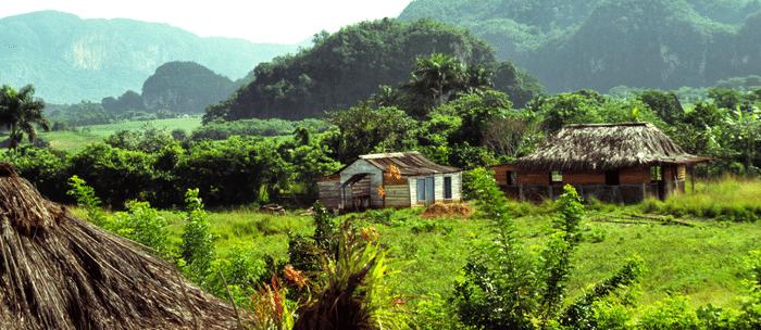 Paysage de Cuba : lieu à visiter lors de votre circuit voyage tout inclus .
