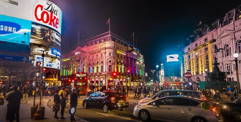 Picadilly Circus : visiter ce quartier de Londres la nuit