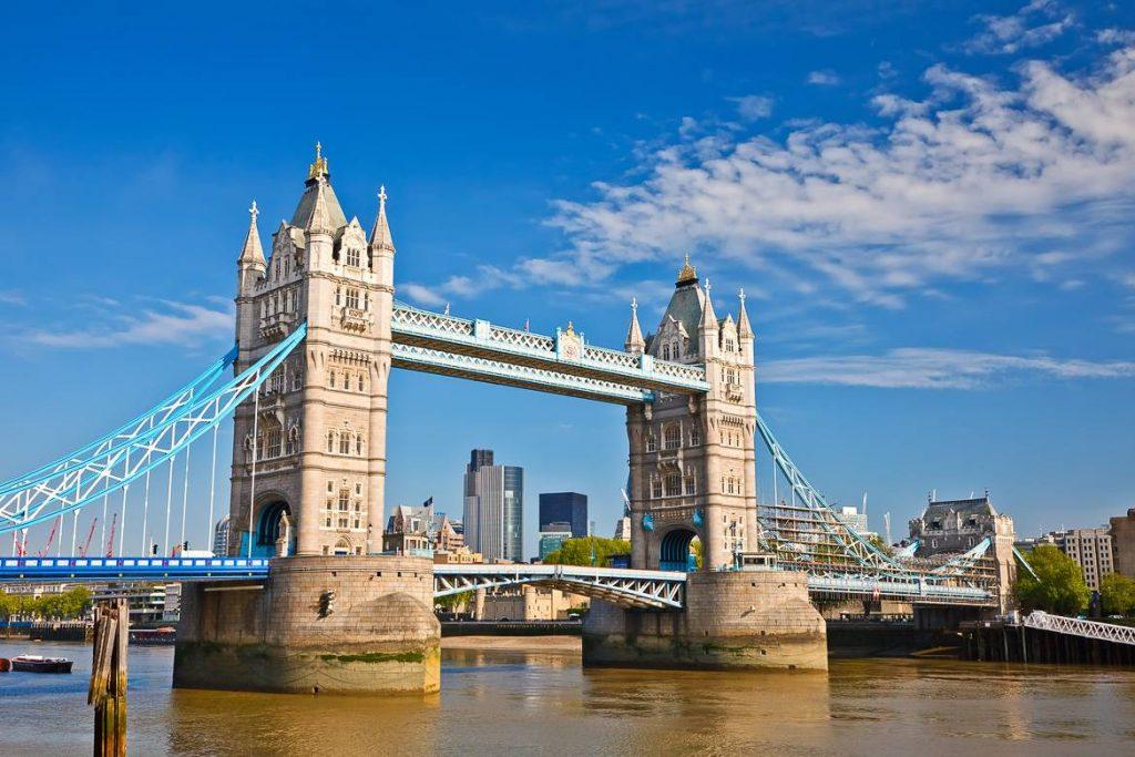 tower Bridge : pont sur la Tamise à visiter lors de son voyage à Londres