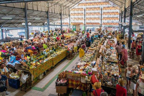 Marché aux épices en Martinique : marché de fort de  France lieu à visiter