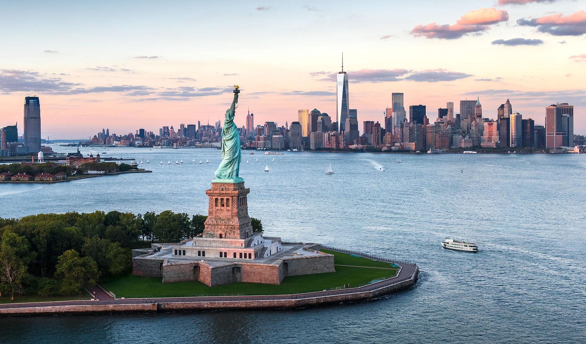 Que faire à New York : lieux touristiques à voir, visiter la la Statue de la Liberté