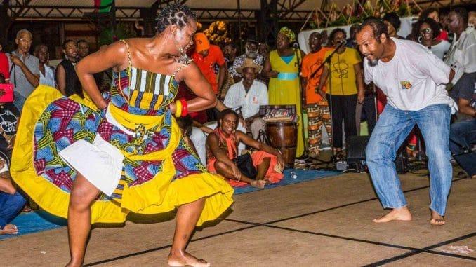 danse traditionnelle de bèlè