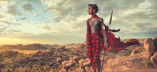 Guerrier Massai en Tanzanie : population autochtone à découvrir