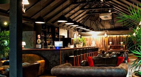 Le Modjo bar : lieu ou faire la fête à Saint Barth