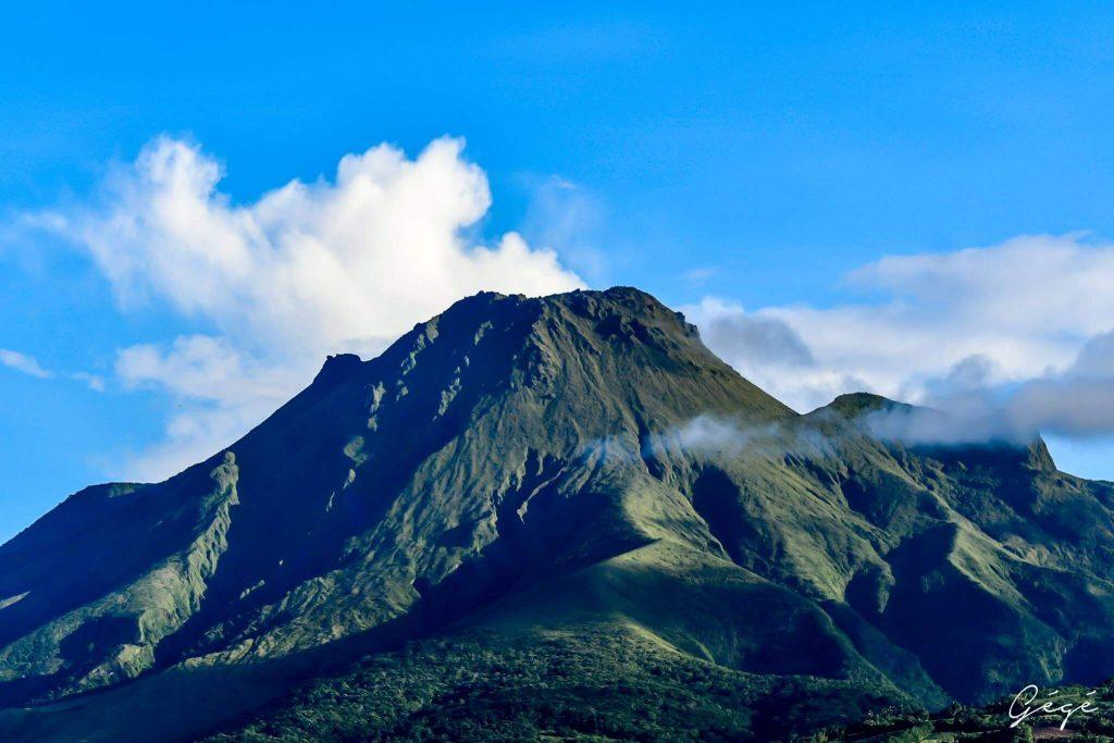 faire de la randonnée sur la Montagne Pelée en Martinique