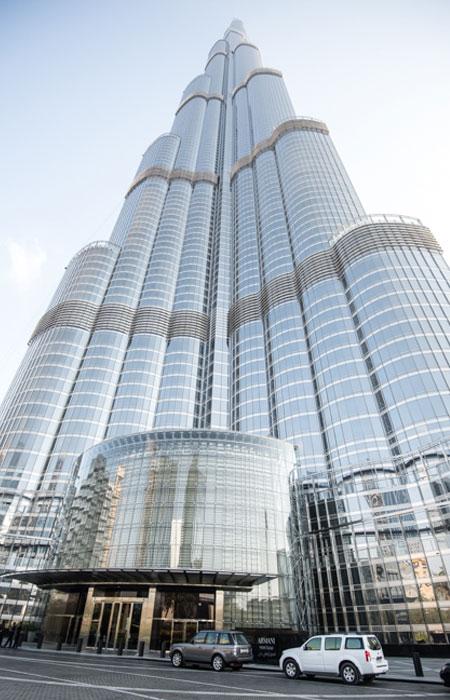 L'entrée du gratte ciel Burj Khalifa