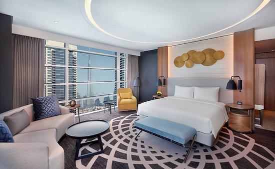 Chambre d'hôtel de luxe 7 étoiles avec lit king size