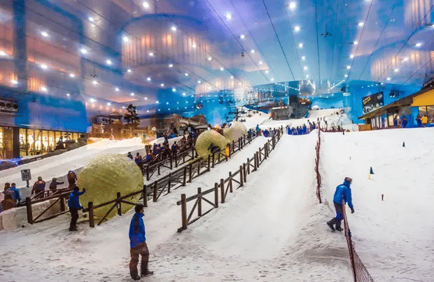 Faire du Ski a Dubai : activité sportive, originale et inédite