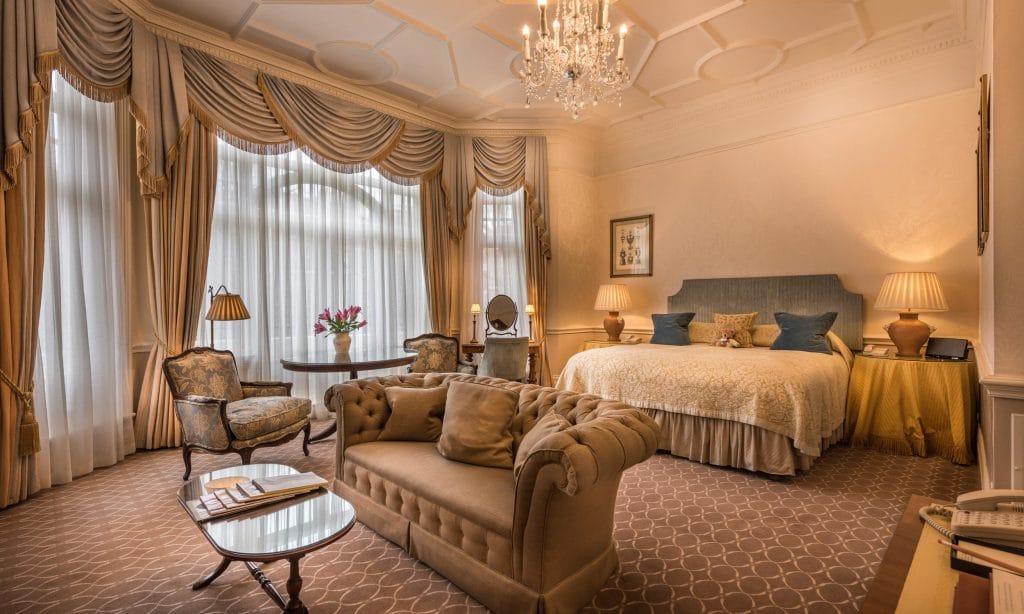 hotel romantique à Londres avec décoration ancienne