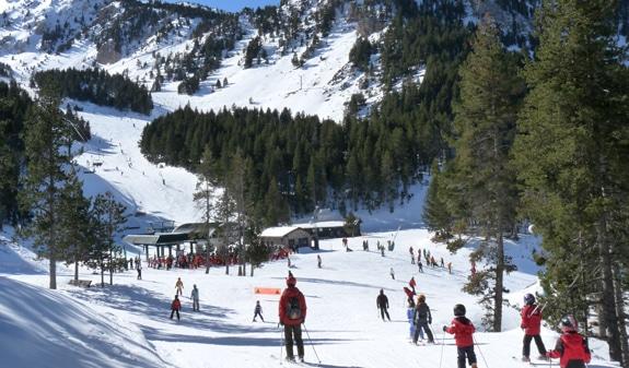 La Molina : piste de ski aux Pyrénées