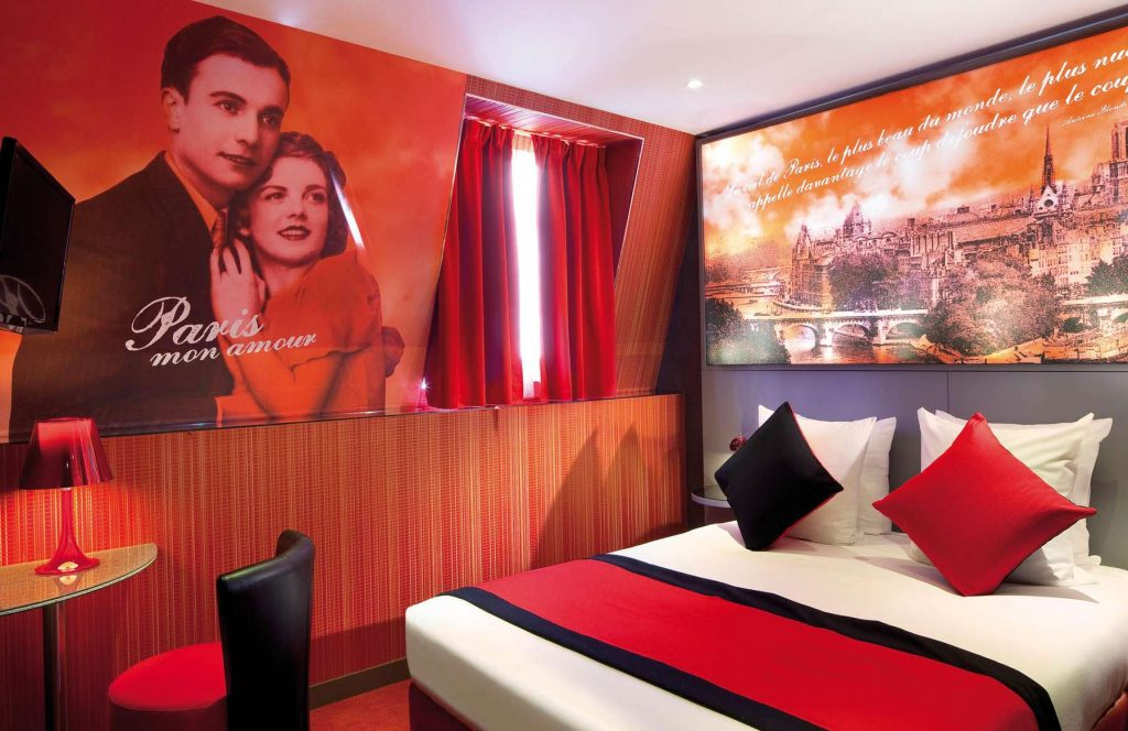 Love Hotel Paris Montmartre mon amour