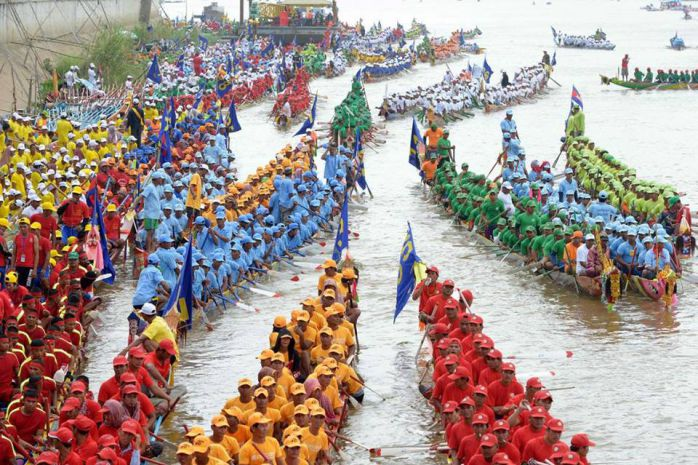 fete de l'eau au Cambodge en novembre, le meilleur mois pour partir visiter le pays