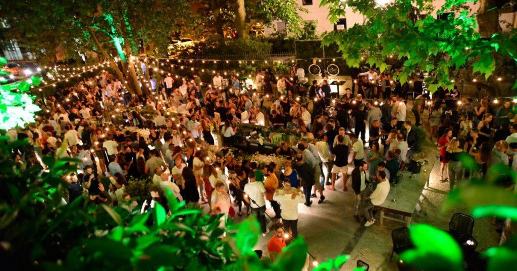 S'amuser à Lyon le nuit : soirée dans un bar dansant