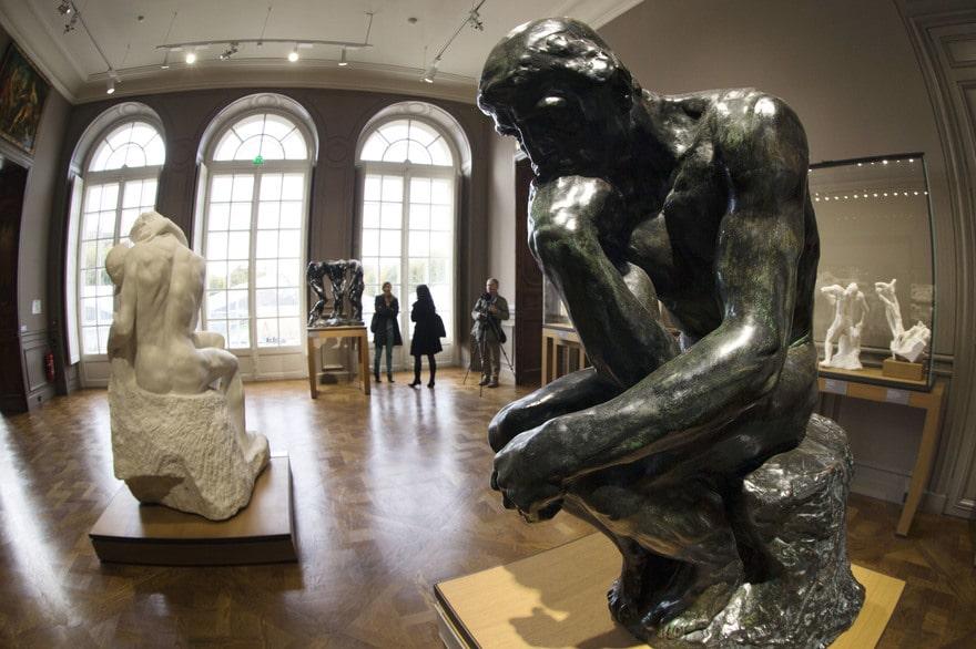 Le Penseur de Rodin dans le Musée Rodin