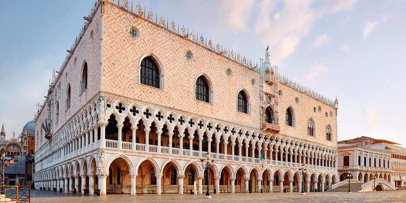 Faire une visite du Palais des Doges à Venise