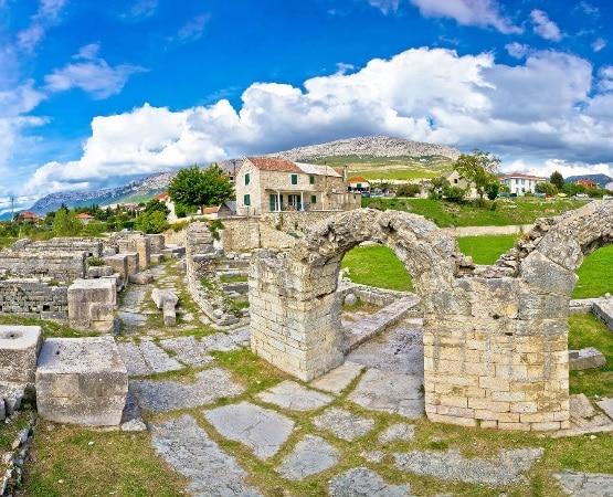 Ruines de Solin en Croatie : ce qu'il faut faire et visiter