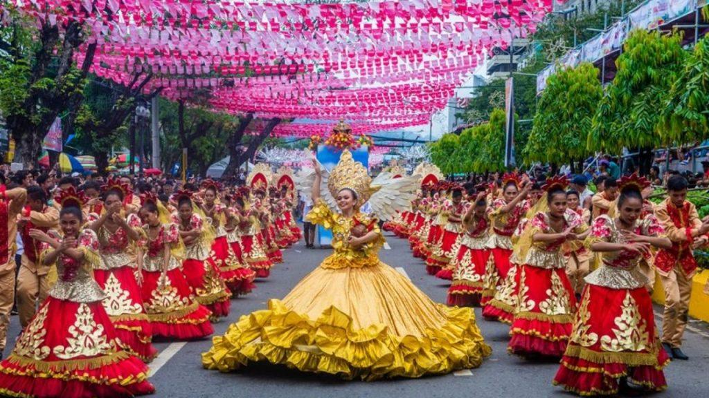Sinulog : fete nationale à Cebu