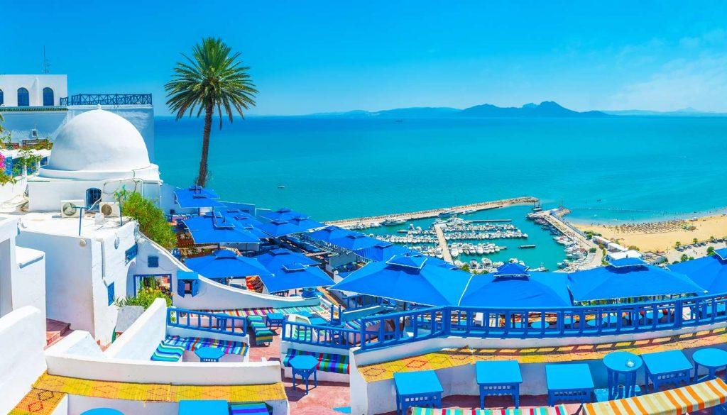 Sidi Bou Said : ville de Tunisie avec ses belles plages en mars