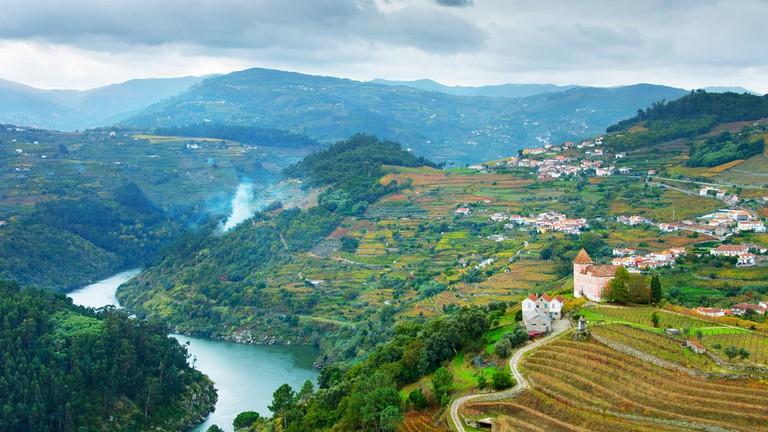 Fleuve Douro au nord du Portugal