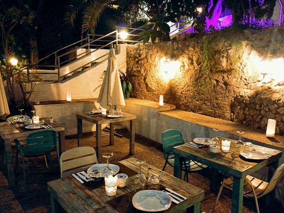 Grottes de Genova : Restaurant souterrain
