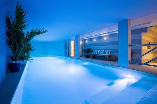 Spa privée dans un hôtel de luxe : Hotel jardins de Mademoiselle .