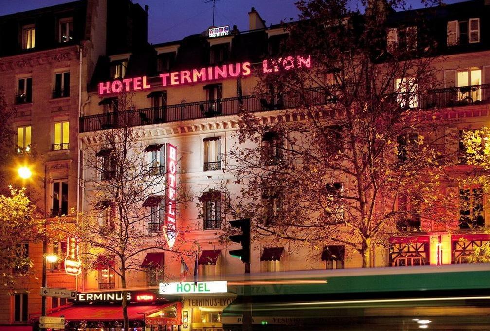 Hôtel parisien à la Gare de Lyon :  Hotel Terminus ,