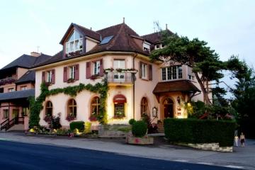 Facade Hôtel et Brasserie Jenny à Hagenthal-le-Bas